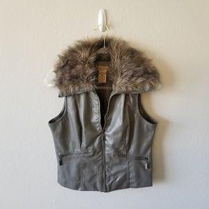 Paris Blues Faux Fur Grey Vest L